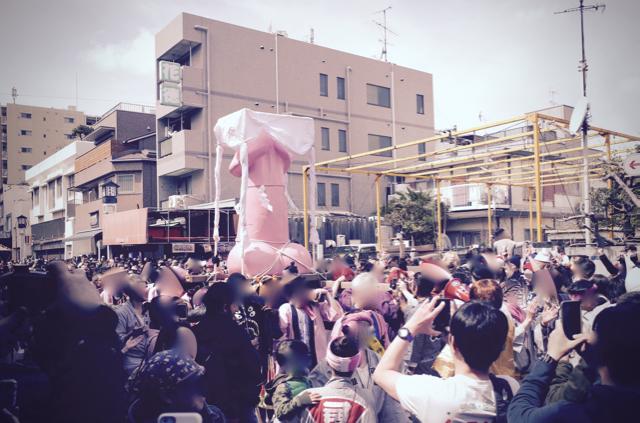 かなまら祭り01