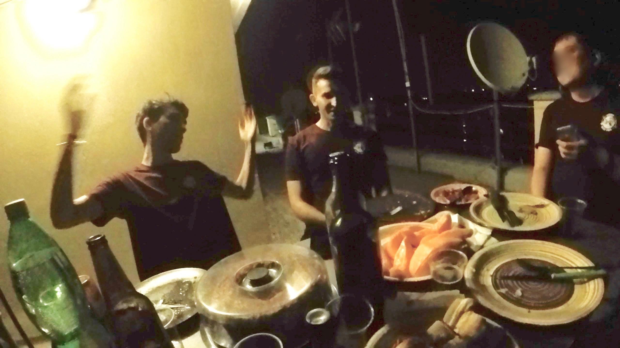 屋上での宴04