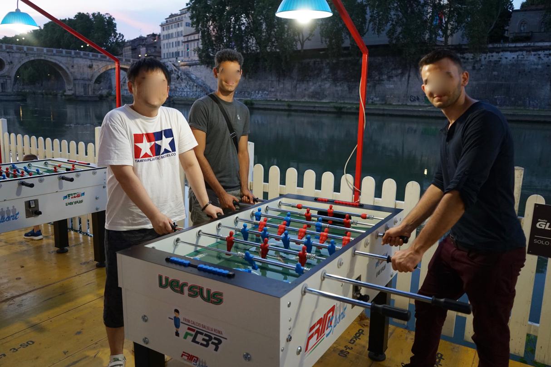 テーブル・フットボール