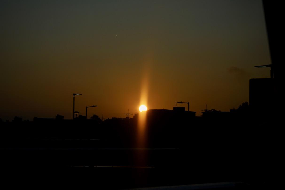 ロンドンの朝日