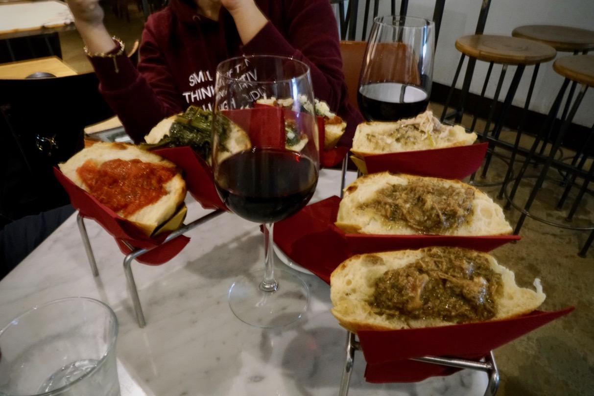 ローマのレストランにて