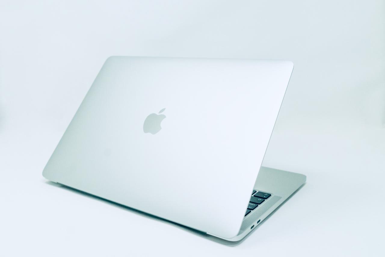 13インチ MacBook Pro